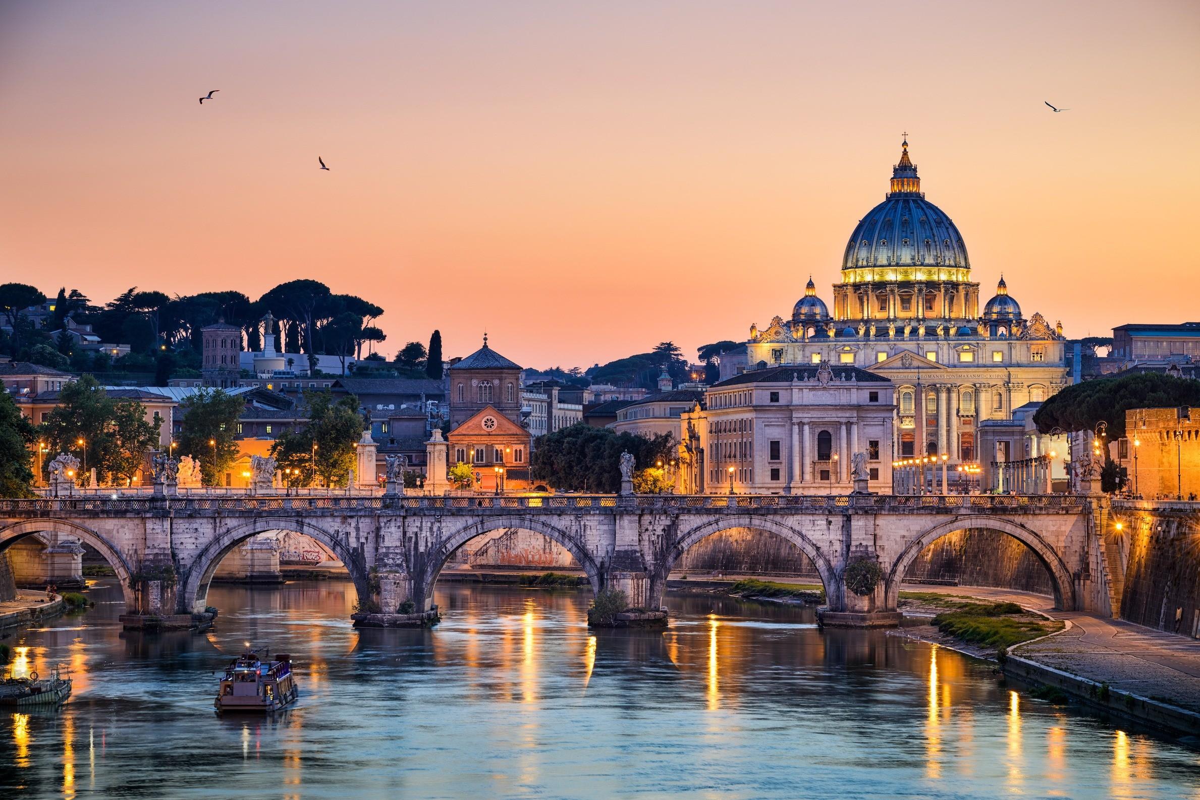 italya roma gezilecek yerler on a Catholic travel tour